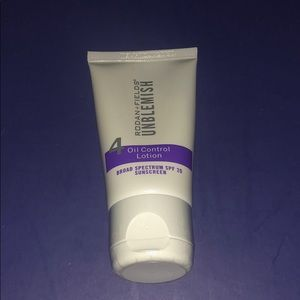 Rodan and fields oil control lotion